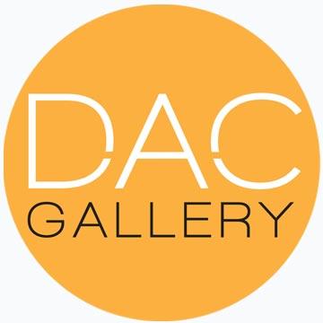 dacgallery_bluebackground